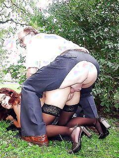 Ненасытные мамаши наслаждаются активным трахом - секс порно фото
