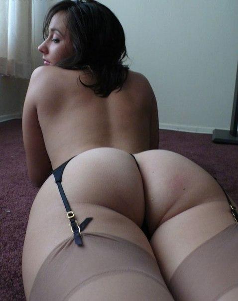 Выложил откровенные снимки обнаженных любовниц - секс порно фото