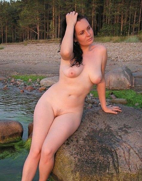 Сногсшибательные красотки кайфуют от огромных членов - секс порно фото