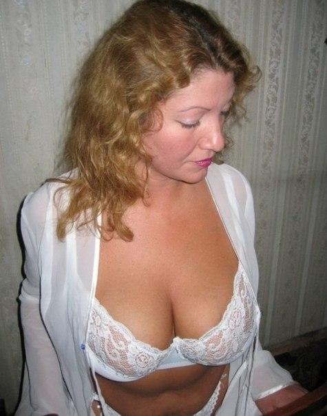 Сеньориты сняли трусики и подставили сочные дырочки - секс порно фото