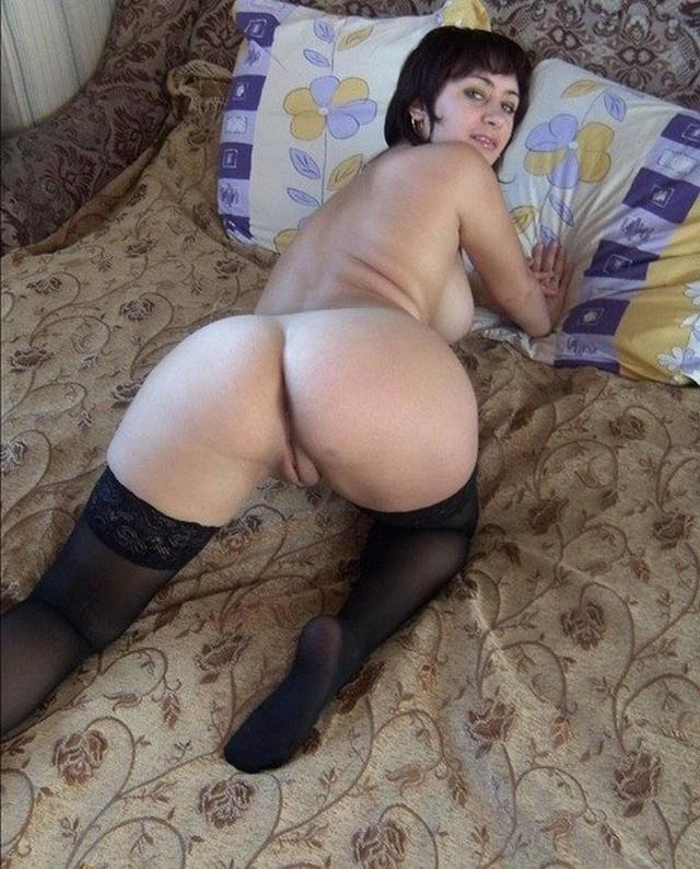 Частные эро фото девушек в чулках - секс порно фото