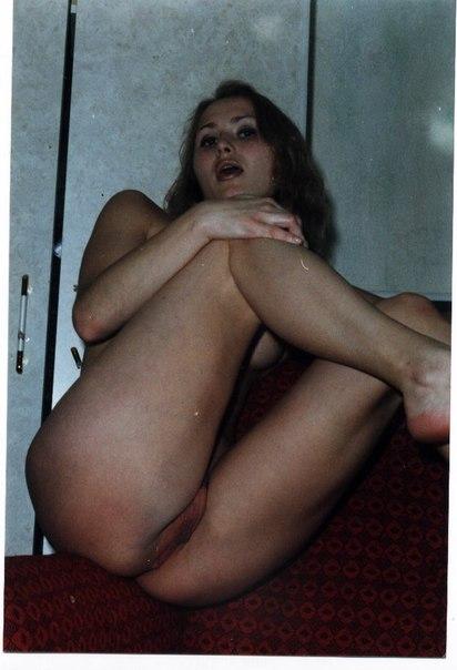 Ретро домашка с волосатыми кисками - секс порно фото
