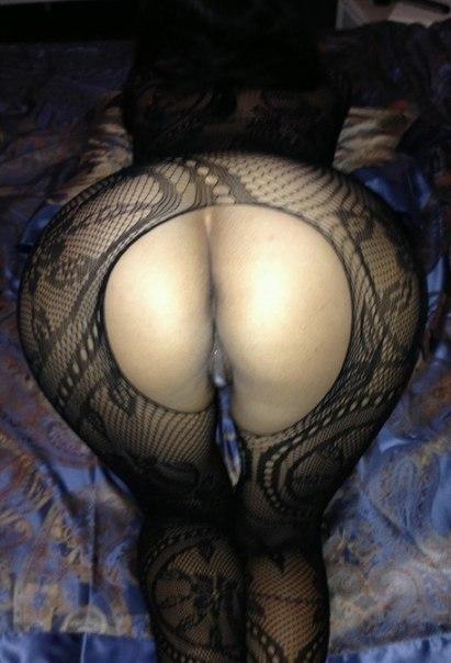 Очаровательные давалки возбуждают большими сиьками - секс порно фото