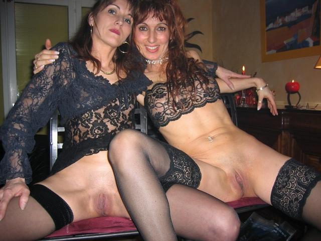 Подборка голых мамашек с красивыми сиськами - секс порно фото
