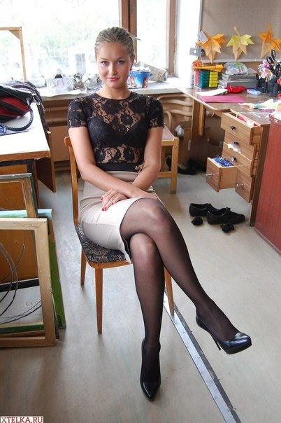 Любительская эротика и домашний секс с брюнеткой - секс порно фото