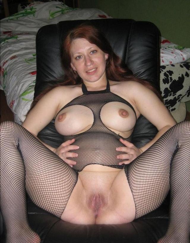 Сексуальные женщины за 30 показывают интимные места - секс порно фото