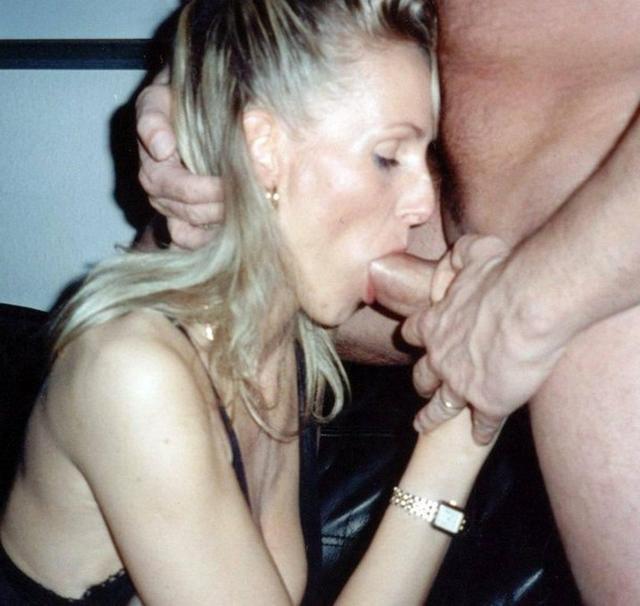 Студентки и мамки берут дома в рот - секс порно фото